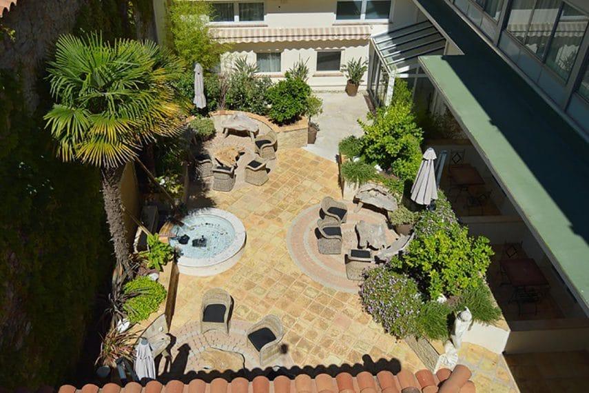 Access Cannes - Hôtel Le Patio des Artistes