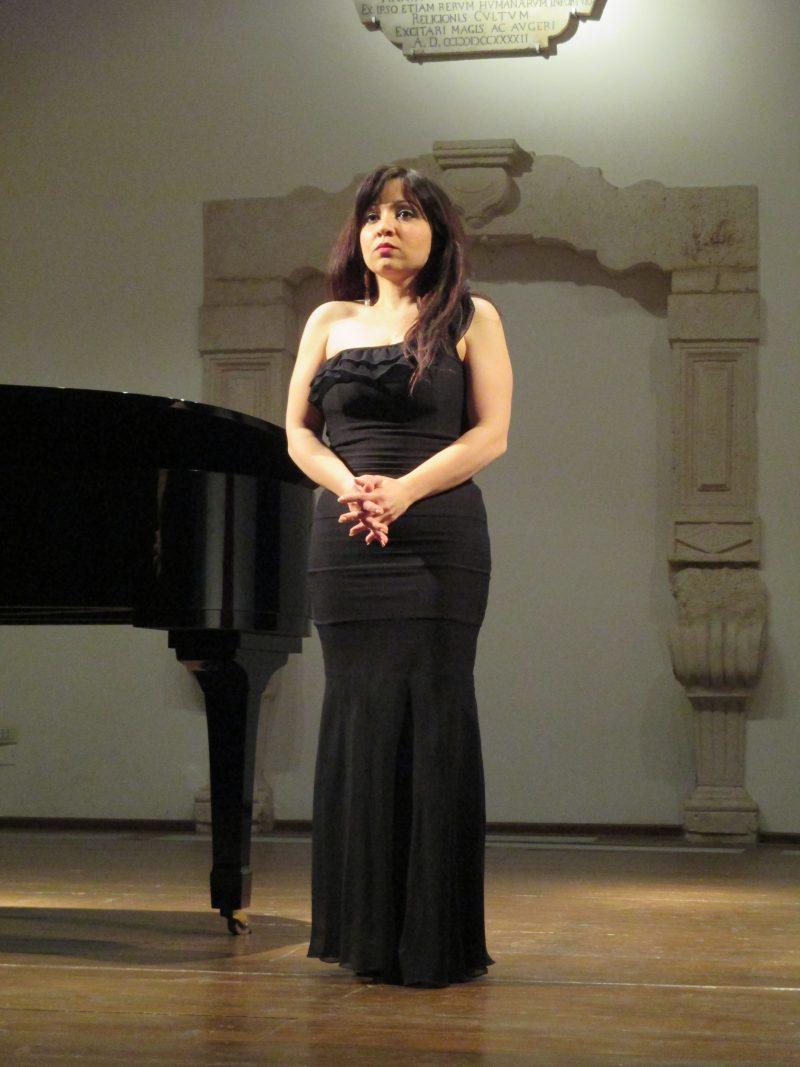 Raffaella Palumbo di Manfredonia,  Vincitrice  della 2° Edizione del  Concorso Lirico Internazionale Andrea Chénier