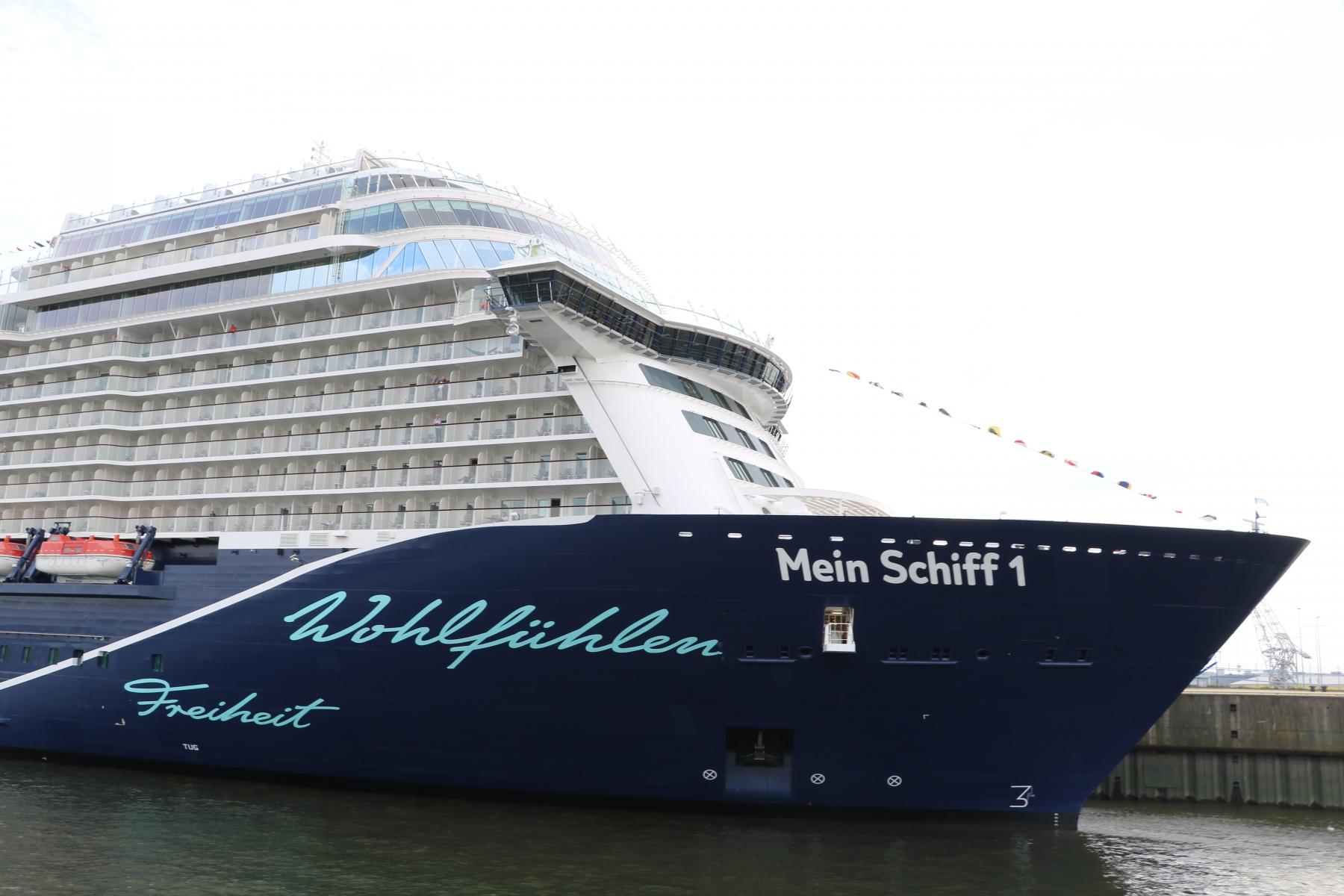 Schiffstaufe-mein-Schiff