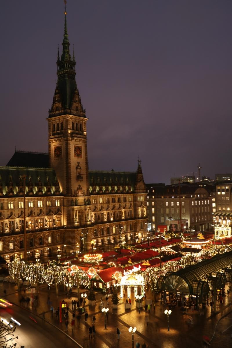 Weihnachten-am-Rathausmarkt