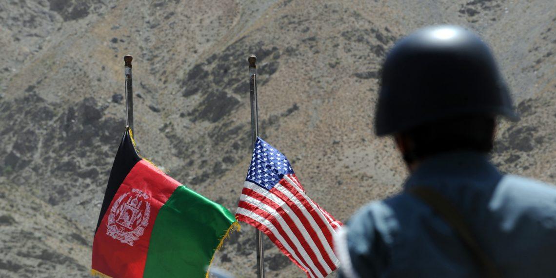 Afghanistan-US-flags-1140×570