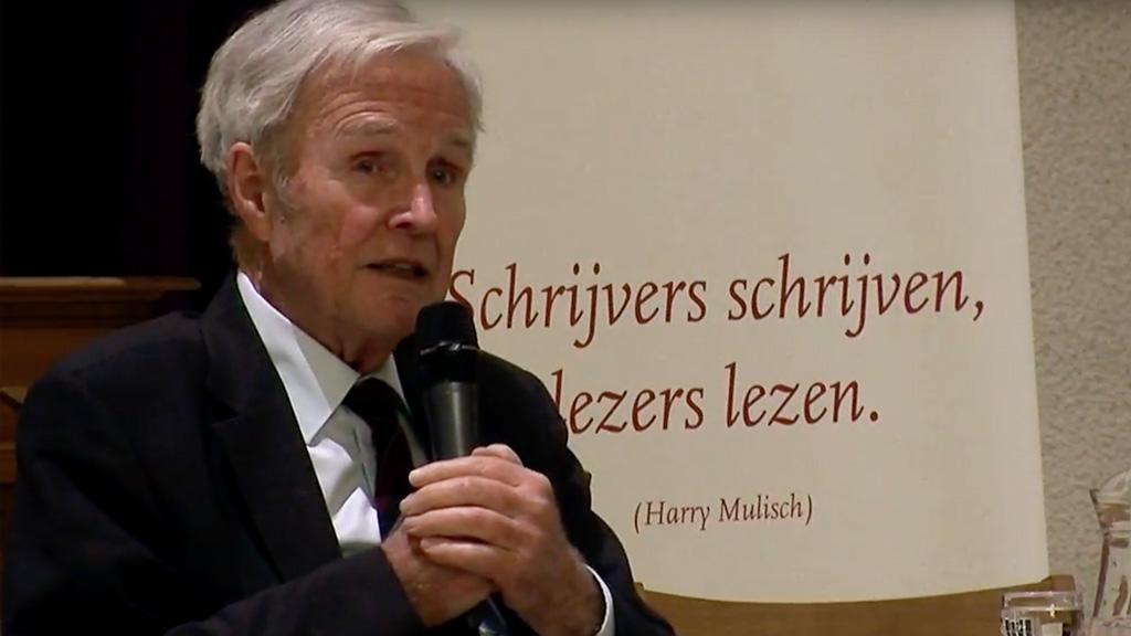Jan Terlouw tijdens lezing over duurzaamheid in de Bergkerk, Amersfoort.