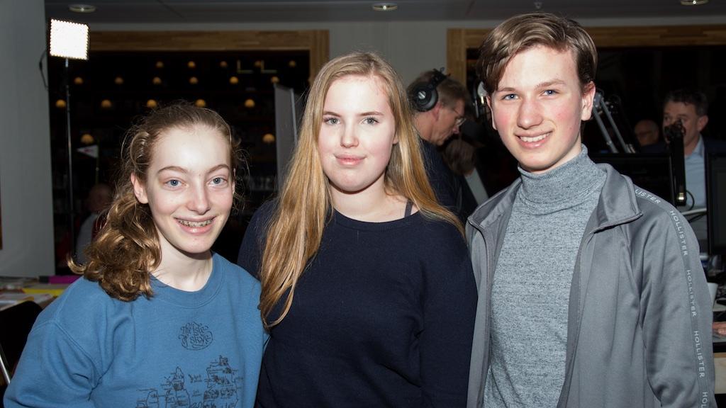 Mette, Joyce en Hugo van het Corderius College in een uitzending van AmersfoortKiest over preventie bij schuldhulpverlening