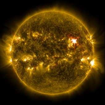 solar-flare-601031__340