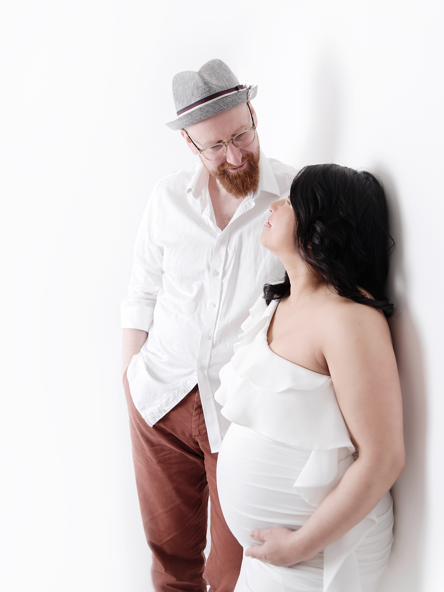 mum and partner pregnancy maternity photography edinburgh midlothian