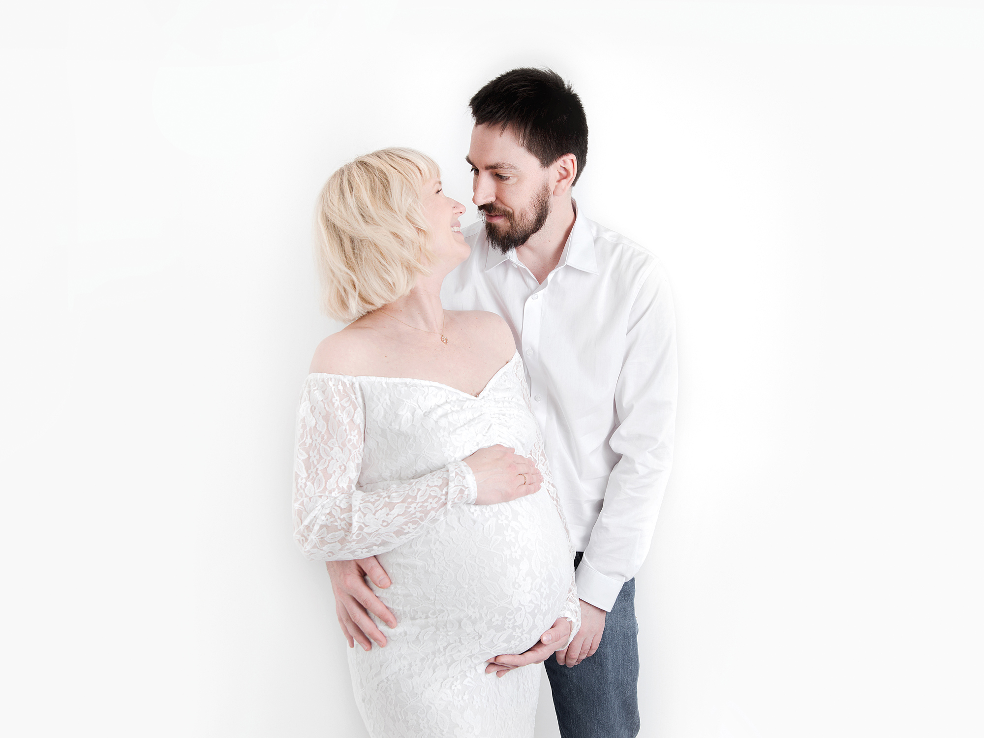 partner cuddling belly pregnancy maternity photography edinburgh midlothian