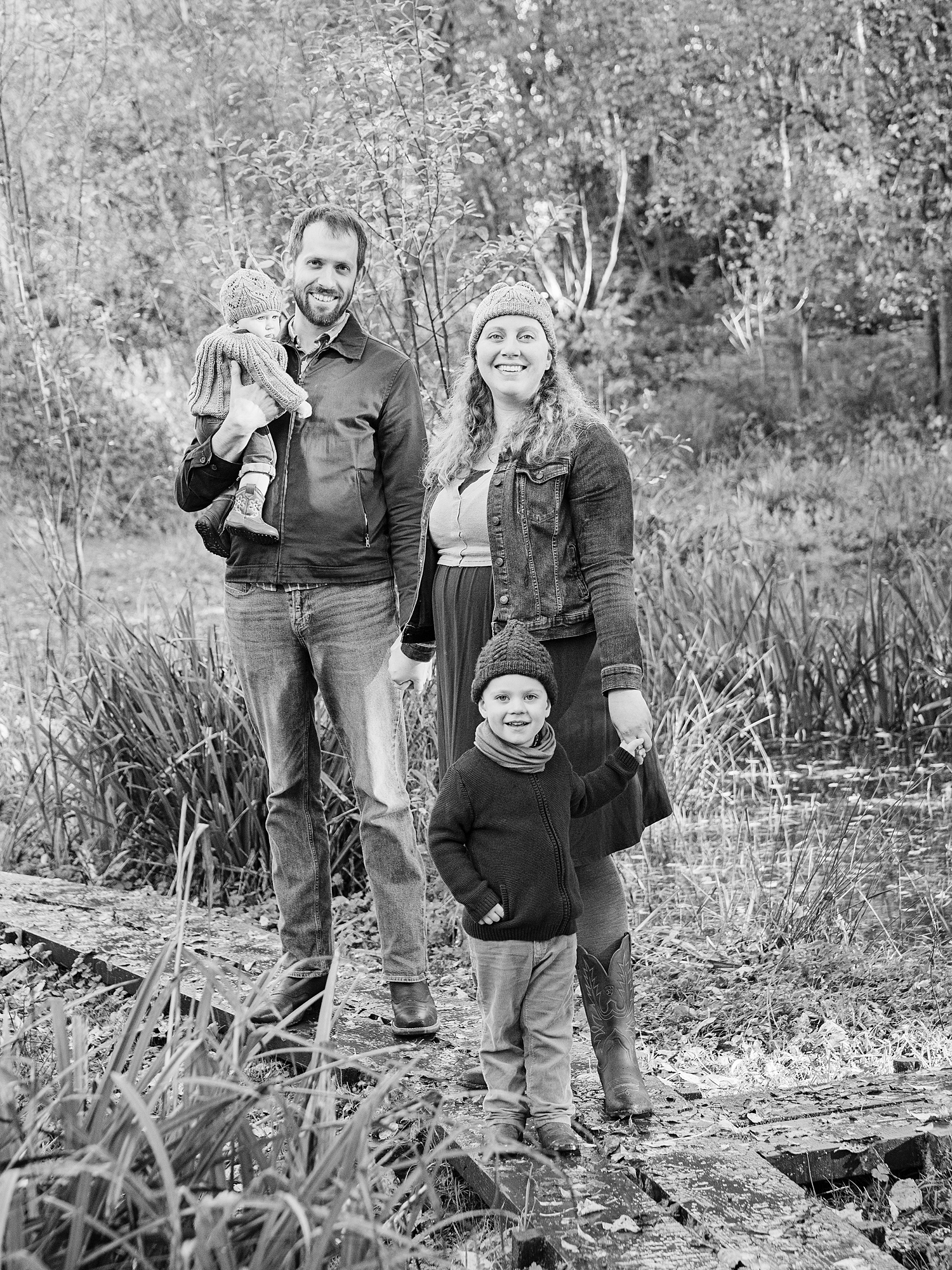 springfield mill outdoor lifestyle family photography in edinburgh midlothian