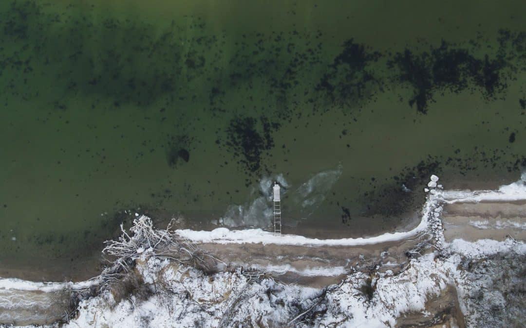 Dronen blev kastet ud over Trelde næs