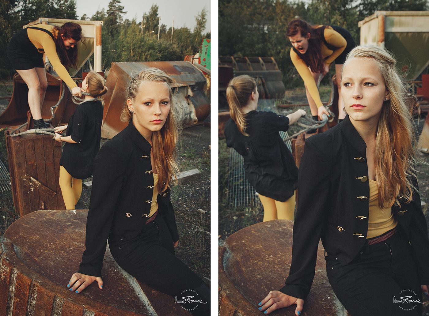 sisters, systrar, syskonbild, perhekuva, family, portrait, porträtt, fotografering, pargas, parainen, finland, suomi, anna, franck, retro, sunrise, soluppgång, auringonnousu, cool, tuff, skrotupplag, rust, rost, ruoste, stockholm, fotograf