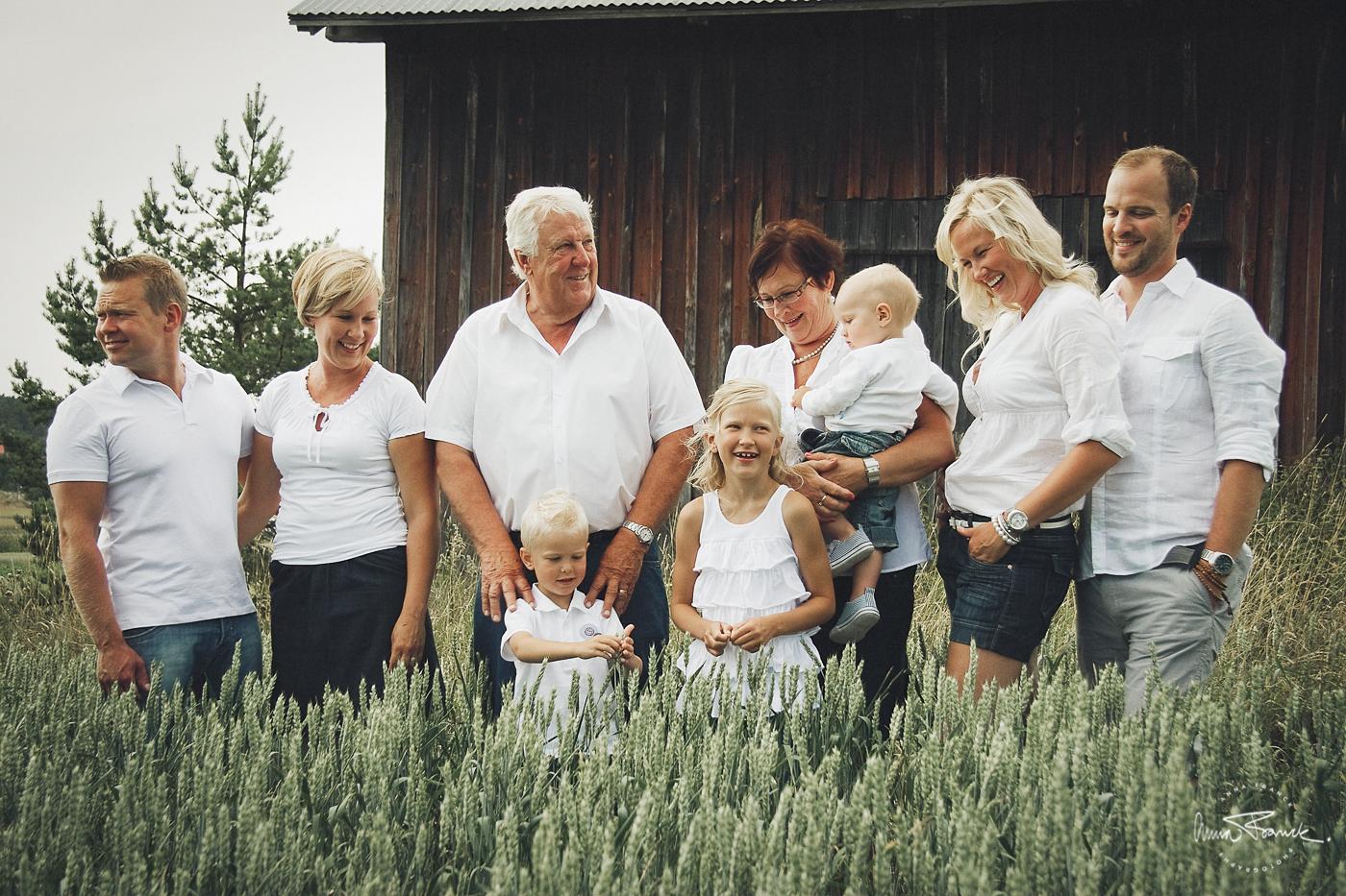 familjefoto, perhekuva, familj, barn, perhe, lapsi, anna, franck, fotograf, valokuvaaja, pargas, parainen, stockholm, natur, maalaiselämä, countryside, lantromantik