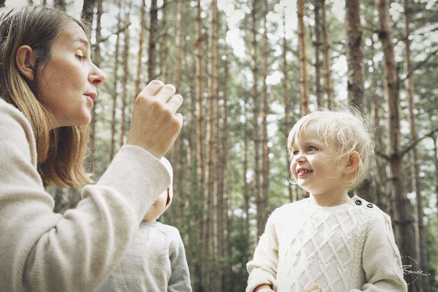 barnfotografering, stockholmsfotograf, anna, franck, photography, stockholm, pargas, åbo, barn, porträtt, portraits, avslappnat, relaxed, naturallighta