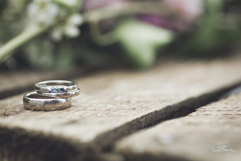 wedding bands - Anna Franck Photography