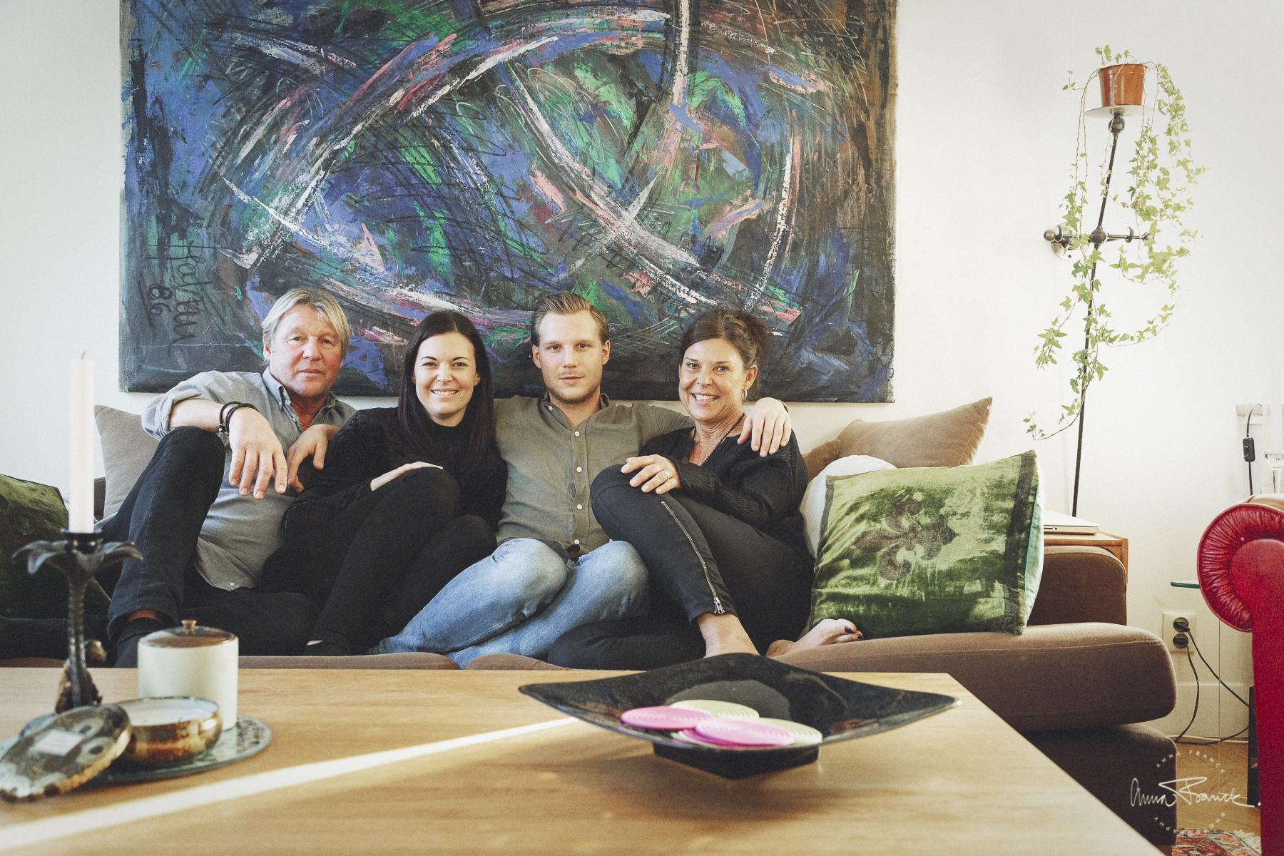 Stor familjefotografering i Bromma