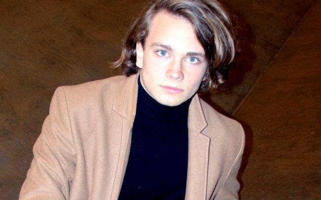 Best Young film maker on BIRMINGHAM FILM FESTIVAL, Svansen i kläm, bakom kulisserna,Anton Forsdik