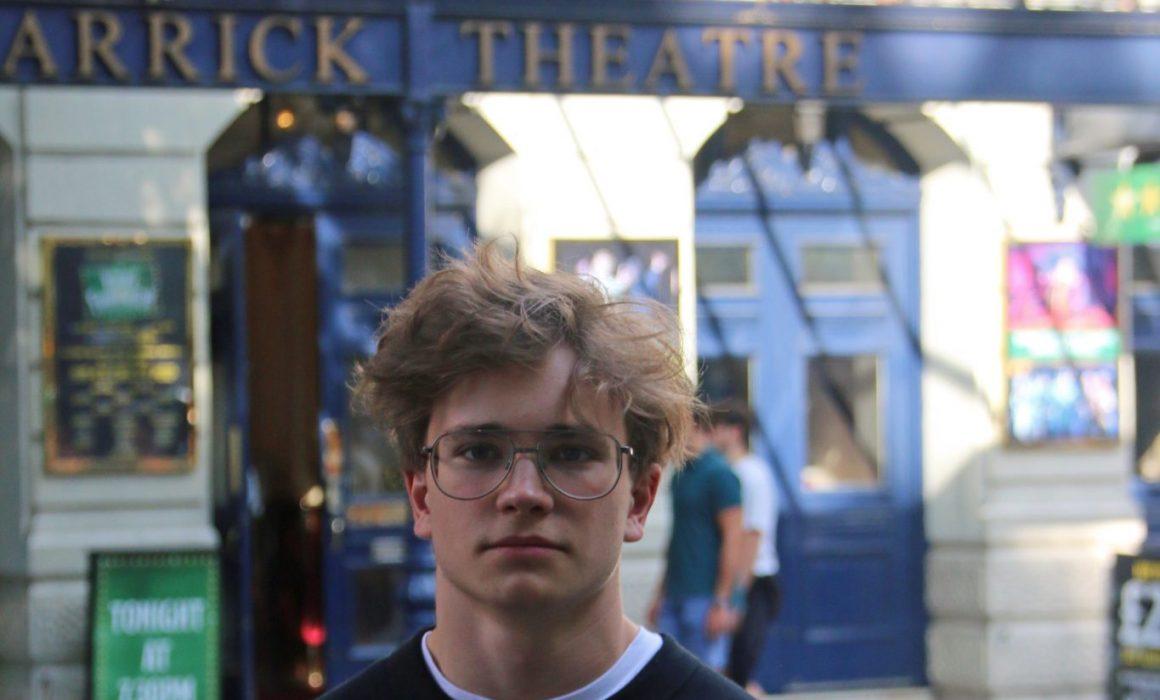 Anton Forsdik i nya SVT serien Sjukt oklar ,Wonderful time with Guildhall School of Music & Drama