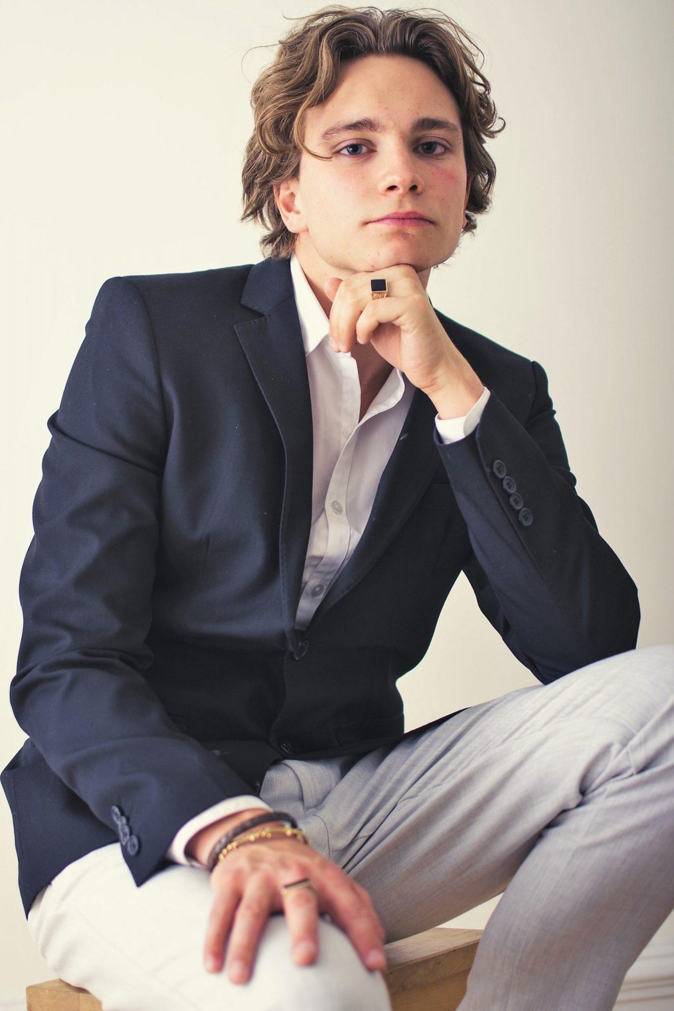 actor Anton Forsdik photo, zebrarummet, dör för dig