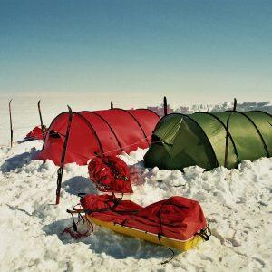 Vores telte og hjem under ekspedtion over indlamdsisen