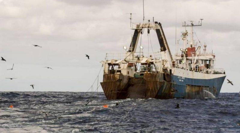 Fermiamo la pesca industriale