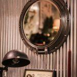 spegel hyttfönster