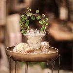 bordsdekoration ekollon guld grön växt