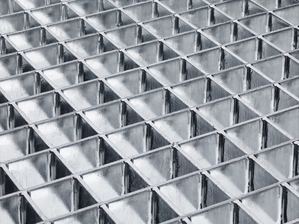 Pressure-locked Gratings