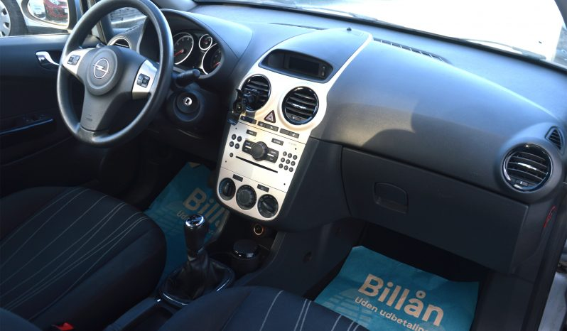 Opel Corsa 1,2 16V Enjoy 3d full