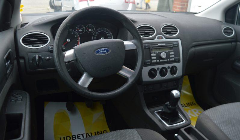 Ford Focus 1,6 Trend 5d full