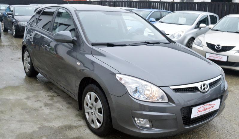 Hyundai i30 1,4 CVVT 109 Classic 5d full