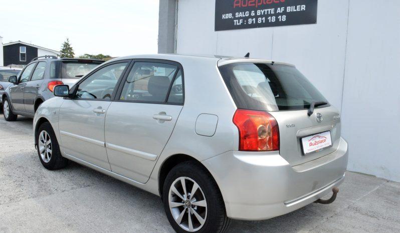 Toyota Corolla 1,6 Terra 5d full