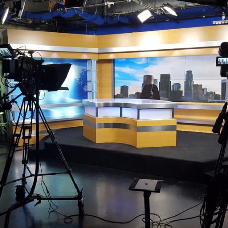 Preparing and presenting TV programs