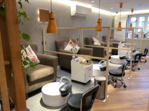 Keeping safe when visiting a beauty salon Canary Wharf