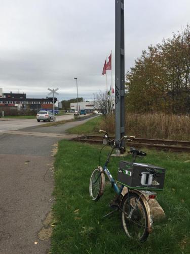 Hämtar tryckkokaren med cykel