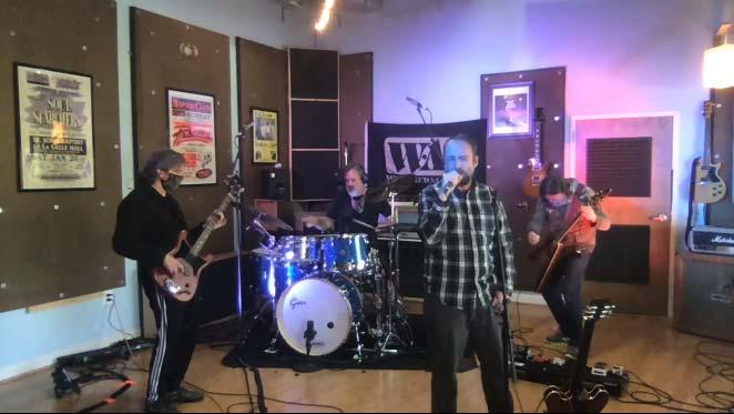 Clutch kör gratis livekonserter ifrån hemmet