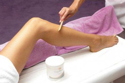 Leg-Waxing