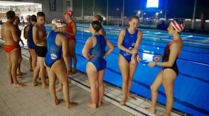 Nieuwsblad – Zwemmen voor goede doelhttp