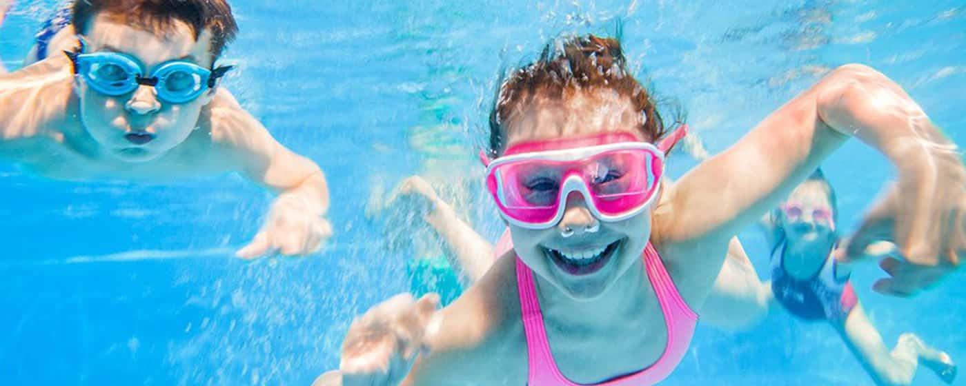 Rundt Steel Pro MAX barn svømmebasseng aktiviteter