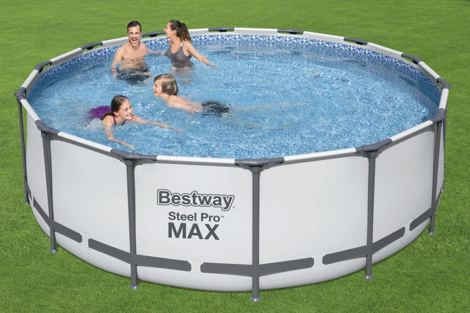 Svømmebasseng Bestway familie venner