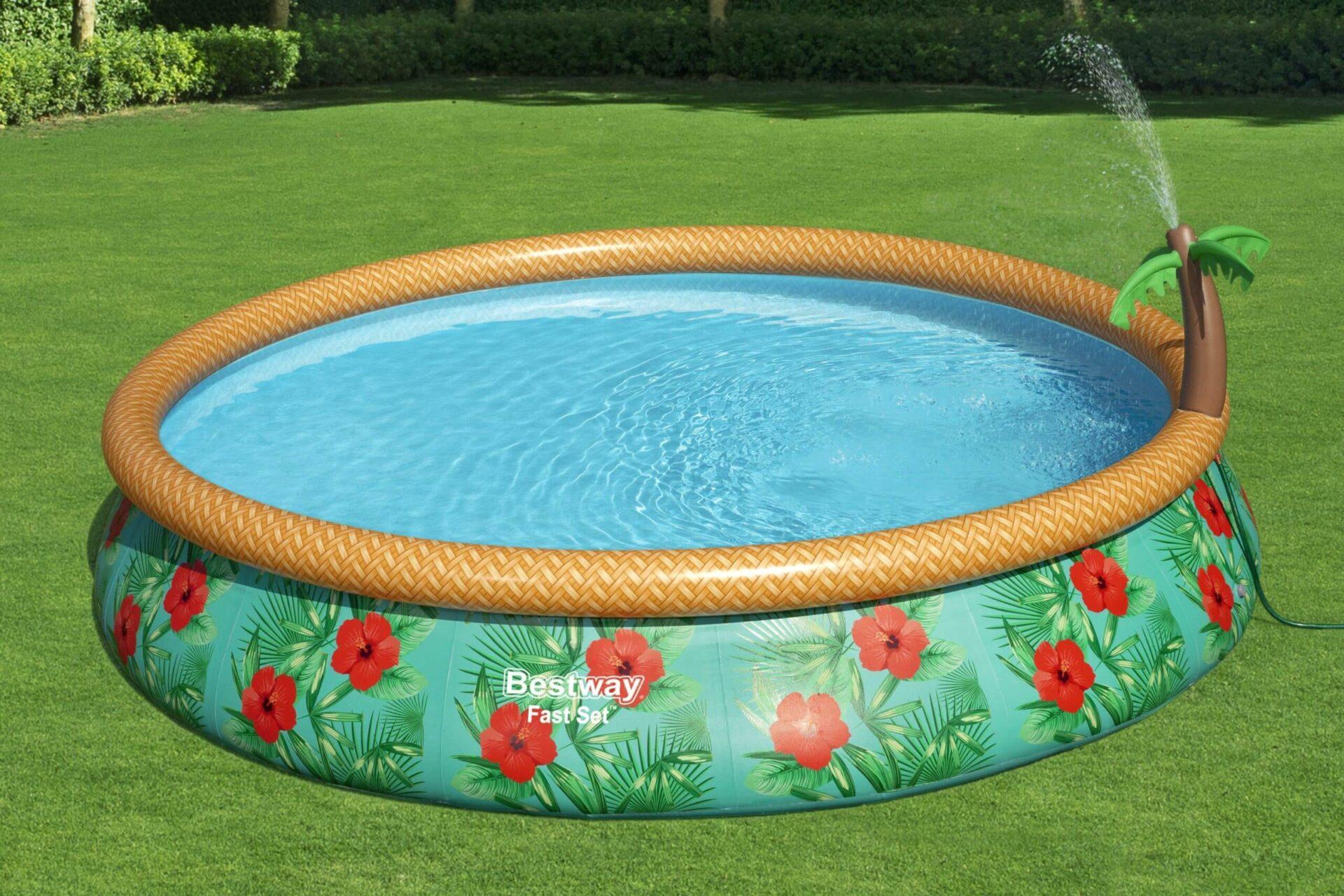 Rundt Paradise Palms bassengsett med vannspruter