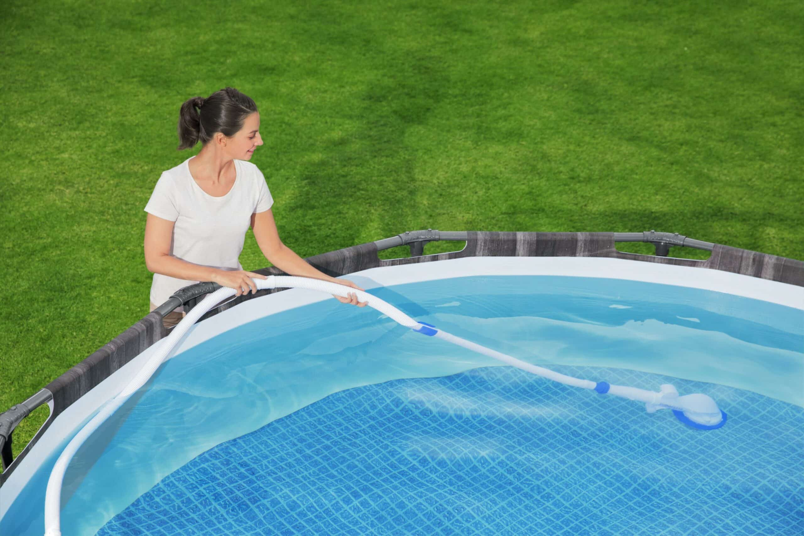Flowclear™ AquaSweeper i basseng