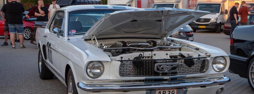 Cars & Coffee i Hillerød – Sæsonstart