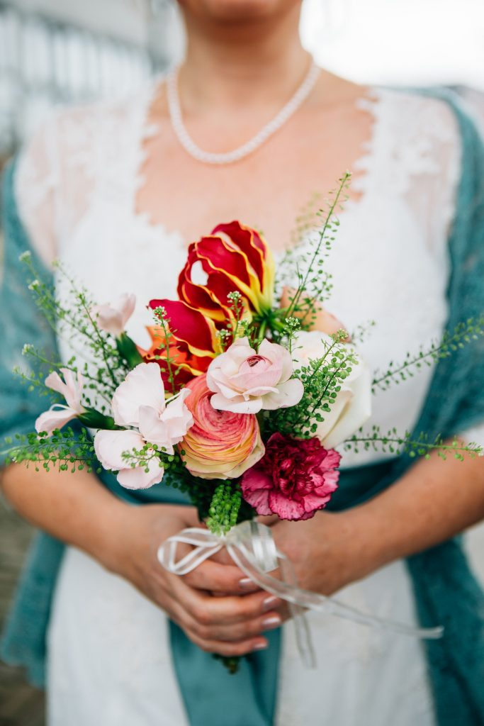 Bruidsboeket voor wit/groene jurk