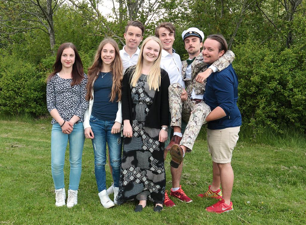 Sandra, Therese, Petter, Emma, Jesper, studenten själv och Kim