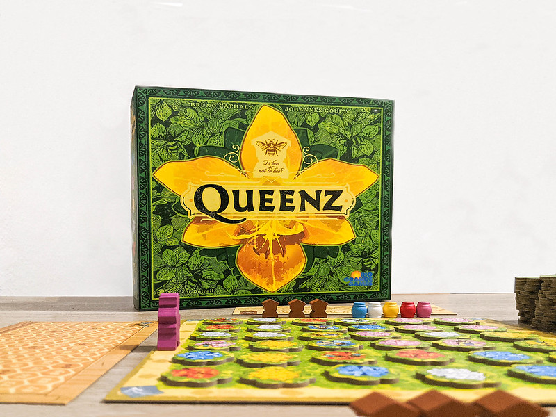Queenz: To bee or not to bee [Review]
