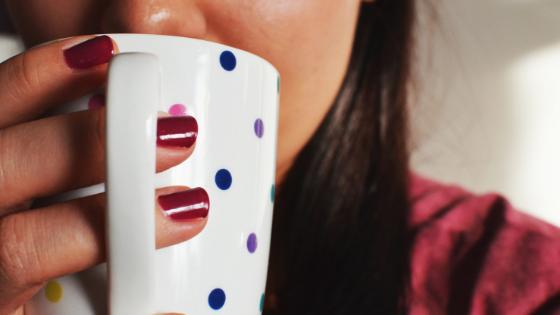Waarom je koffie best vervangt door thee