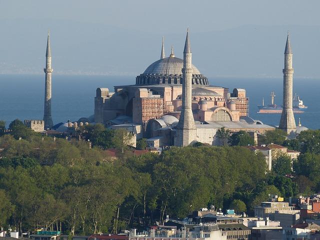 Razones para Hacerse un Trasplante Capilar en Turquía