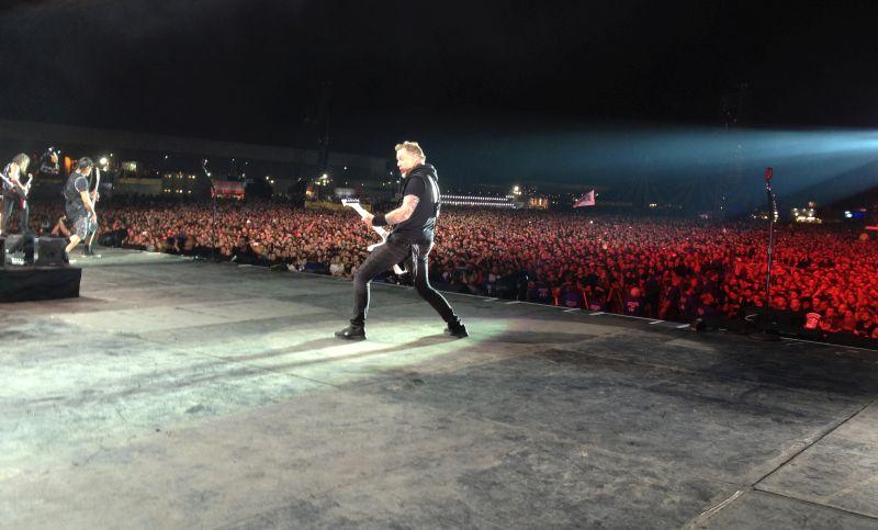 Auf der Bühne mit Metallica