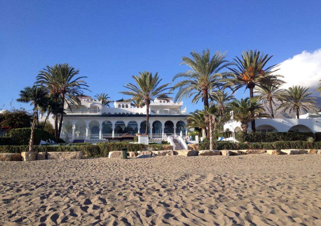 Luxusvilla am Strand in Puerto Banús