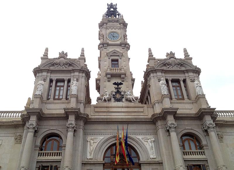 Rathaus in Valencia mit Fledermaus