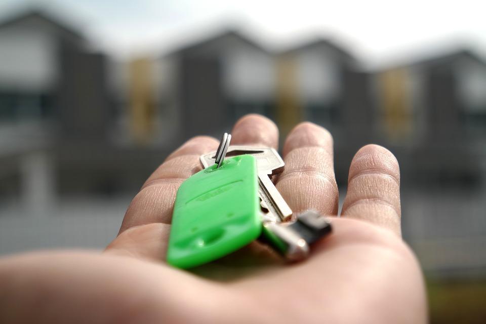 Wohnung während dem Urlaub vermieten und Geld verdienen