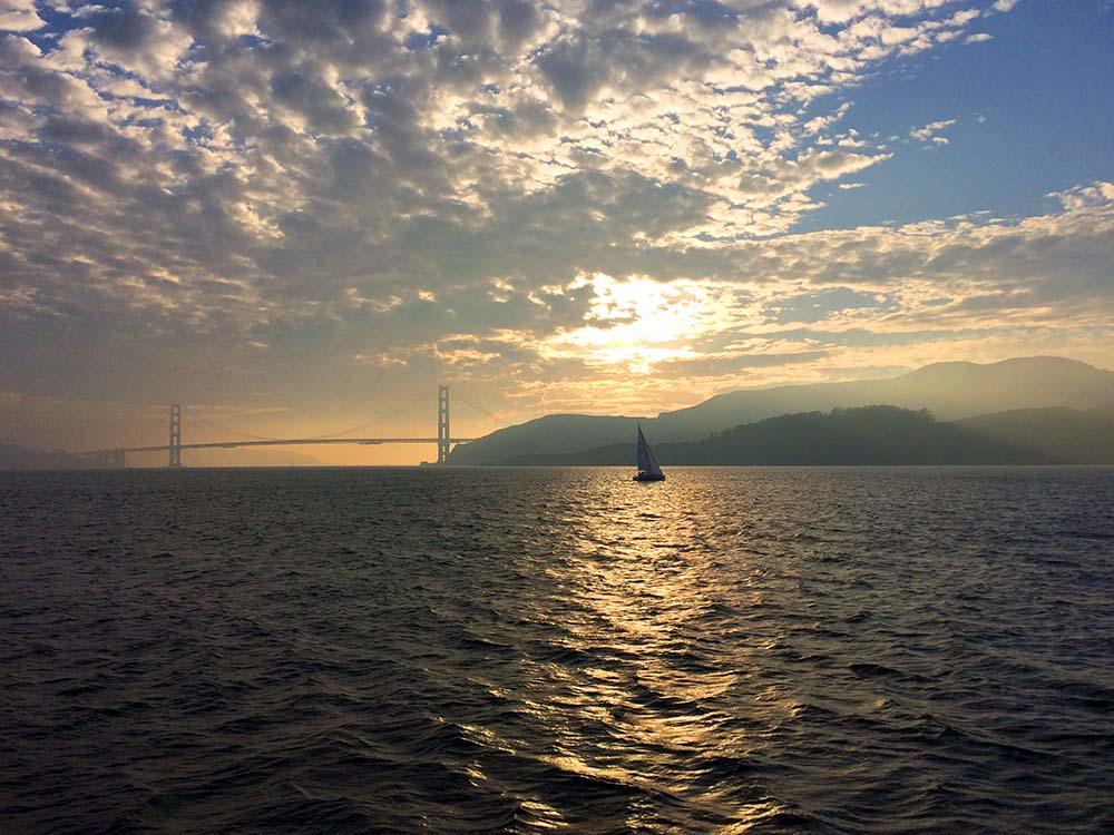 Golden Gate Bridge von der Fähre aus